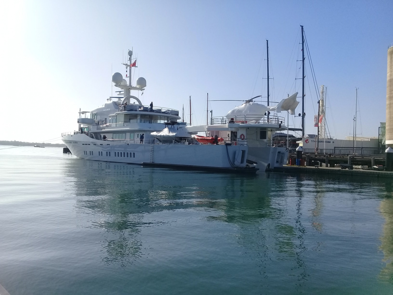 A1-Wrap-Shipping-Gallery-Image-1-Harbour-Heli-Auckland-3-min
